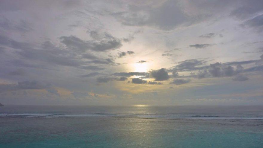 人生を大海原の小さな波に例えるとわかる様々なこと