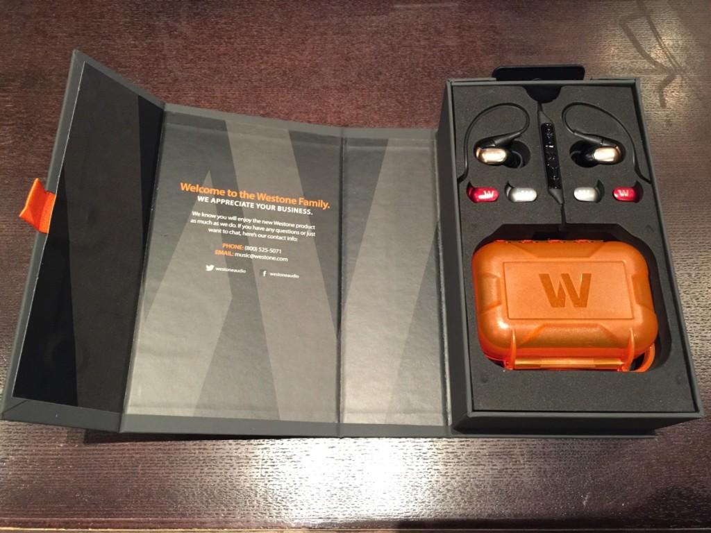 10万円高級イヤホン『Weston W60』